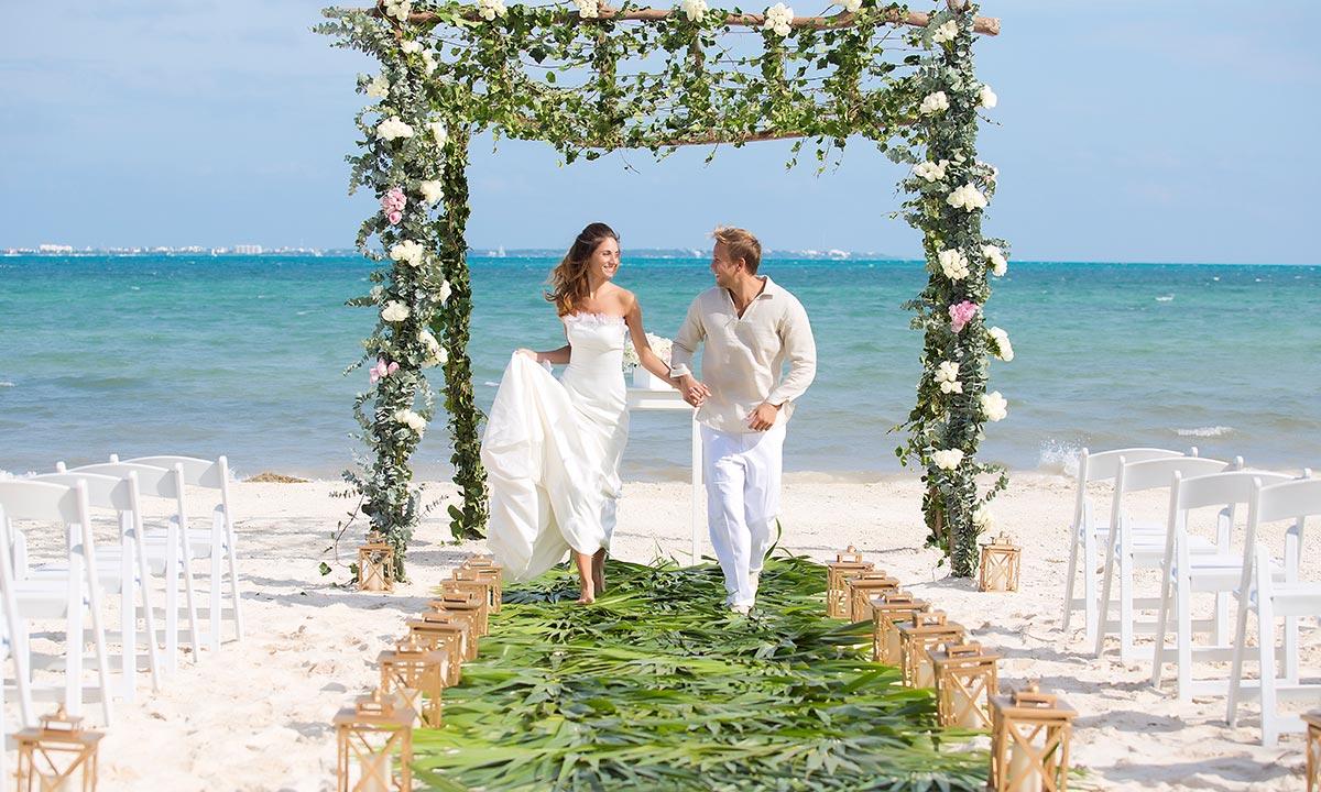 wedding at garza blanca cancun