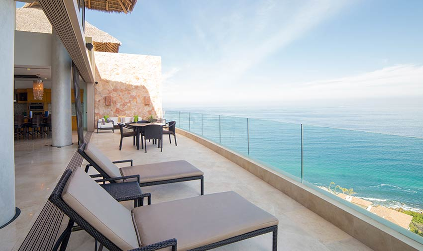bay view Grand Pent House Garza Blanca
